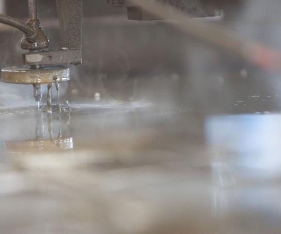 2d Wasserstrahlschneiden Abrasiv-Verfahren